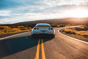 הטוב, הרע והמפואר היתרונות והחסרונות של רכבי יוקרה